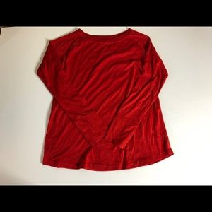 Gillian & OMalley red long sleeved t-shirt